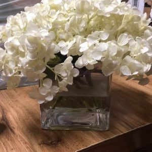 Crystal Vases 2 With Pretty Off White Flowers